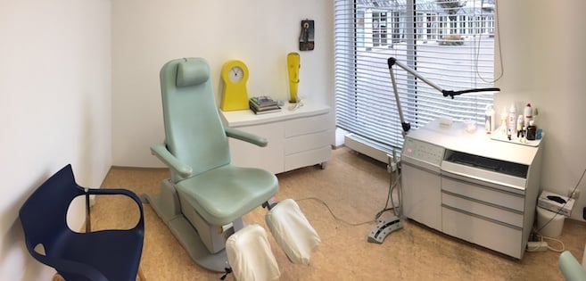 Einblick in den Behandlungsraum 1
